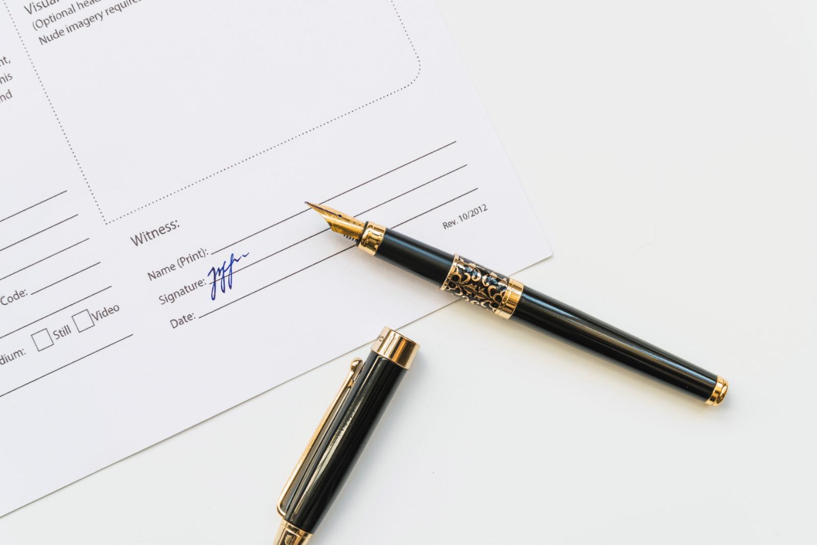 Giworking monogràfic signatures